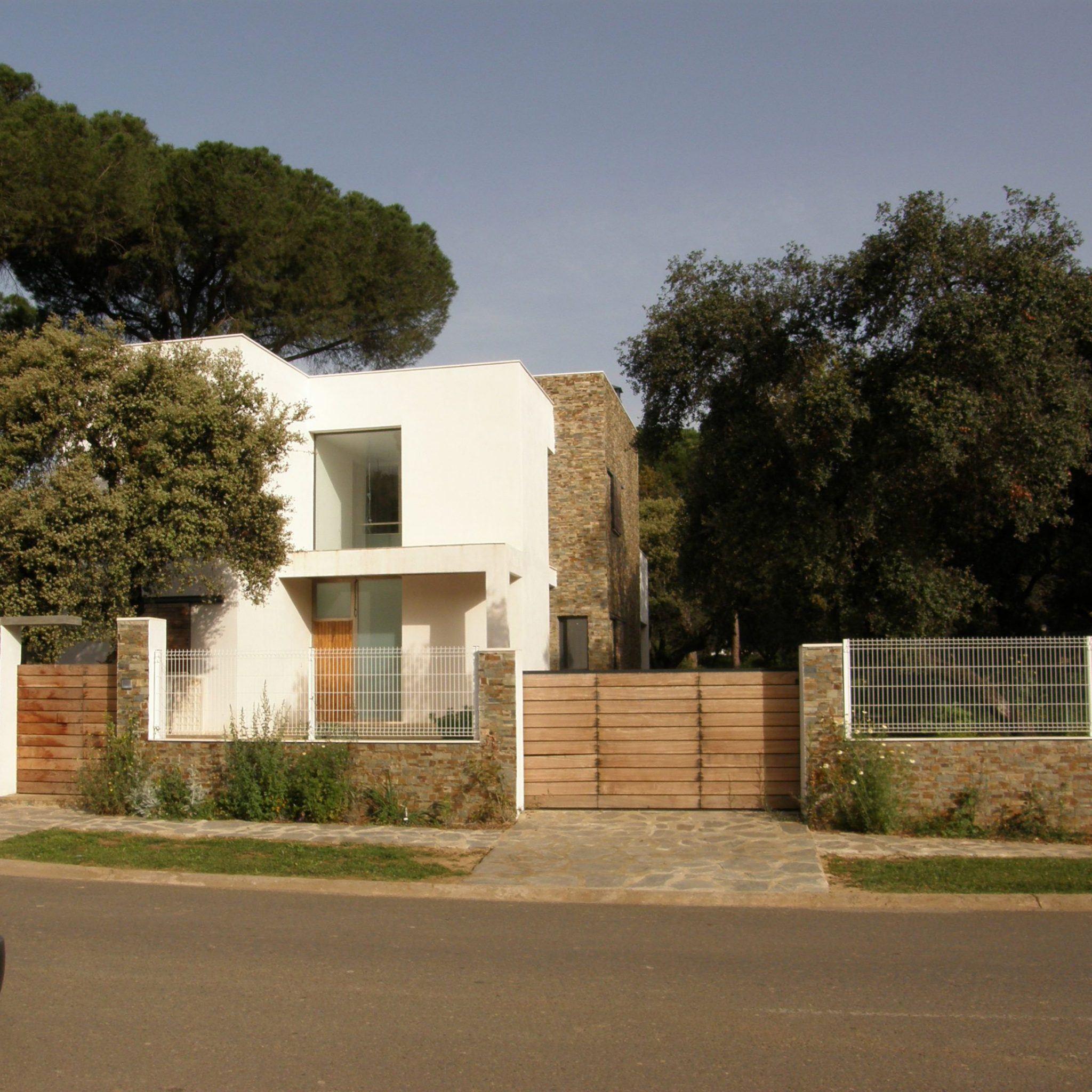 Proyecto de 3 viviendas unifamiliares aisladas por - Proyectos casas unifamiliares ...